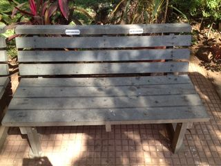 Photo-recycledplasticbench
